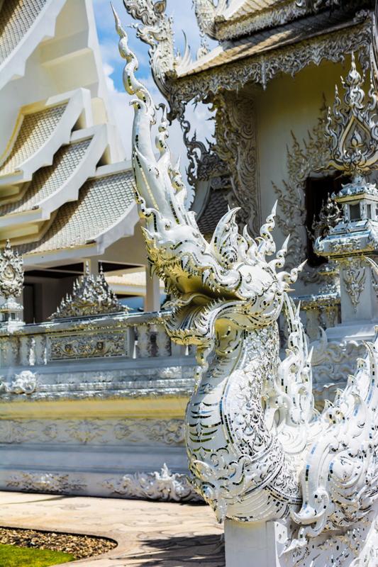 white_temple_chiang_rai_thailand_asia-959060.jpg!d